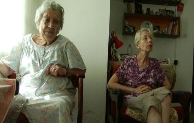 דירה מס' 52 – אוקטבינה ואלווירה – אם ובת